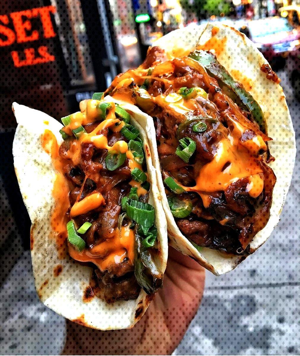 Cheesesteak tacos -