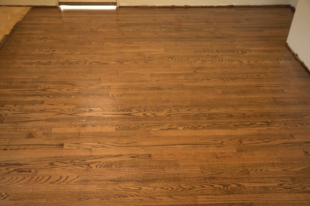 3 The 1 Common Red Oak Floor I Mentioned Last Week Is Done With A Mixed Stain Of Coffee Brown And Spice Brown Flooring Red Oak Floors Hardwood