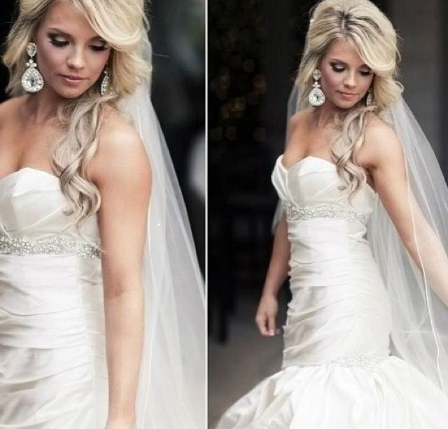 Long Blonde Wedding Hairstyles: Long Blonde Hair Down With White Long Wedding Veil