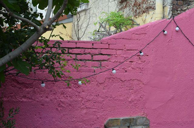 Repeindre le mur du jardin d co jardin pinterest du - Repeindre un mur exterieur ...