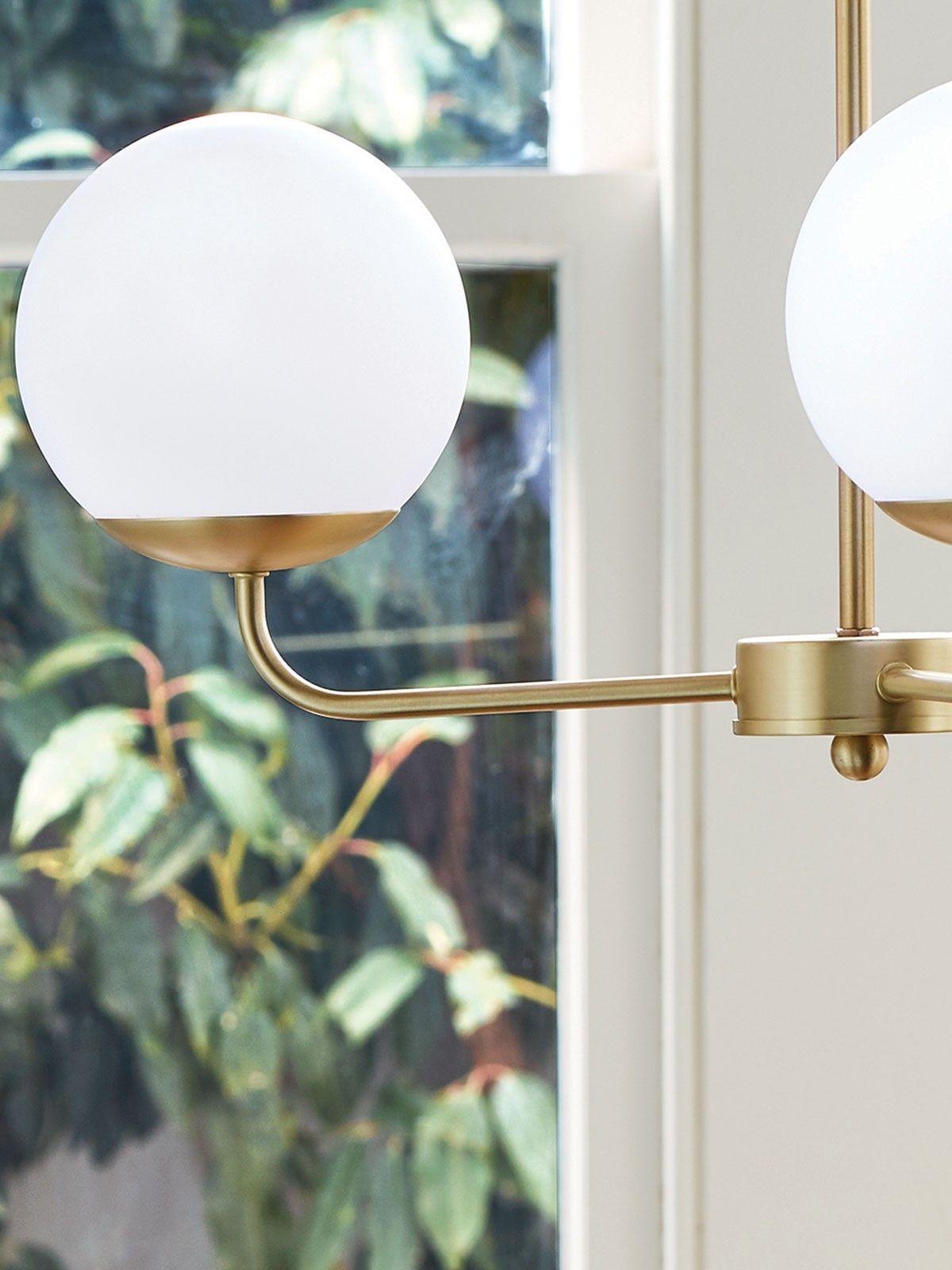 Quinn 3 light pendant in Brass/Opal