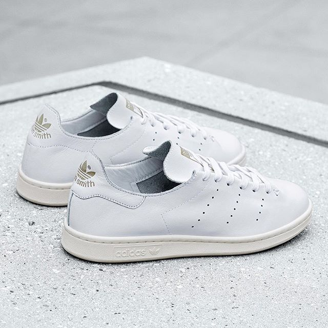 The Stan Smith gets trimmed down for a deconstructed look