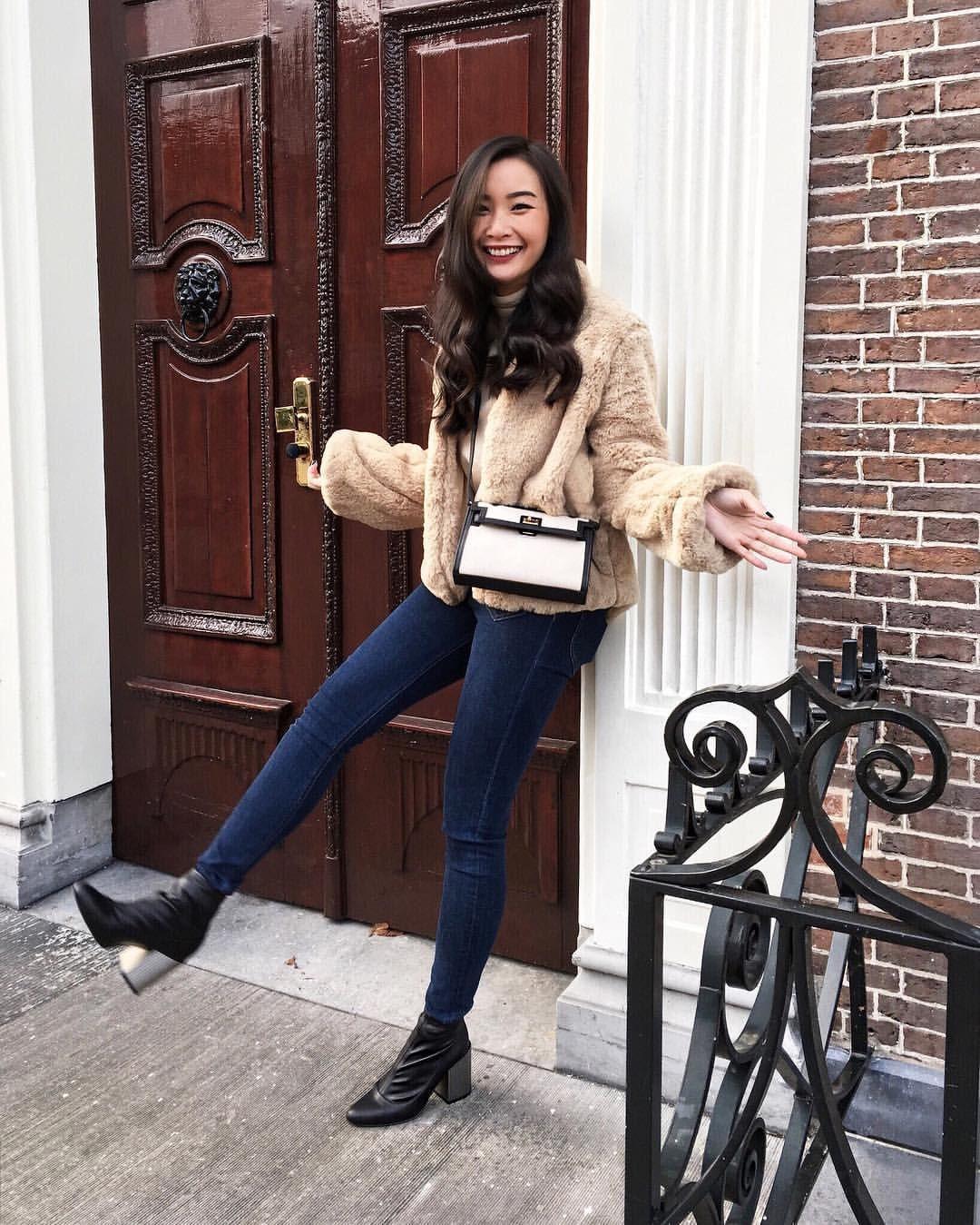 "7,344 curtidas, 48 comentários - LEVI (@tlnique) no Instagram: ""#Hi  Wearing faux fur coat from @tularosalabel ⭐️⭐️⭐️#SundayFunday"""