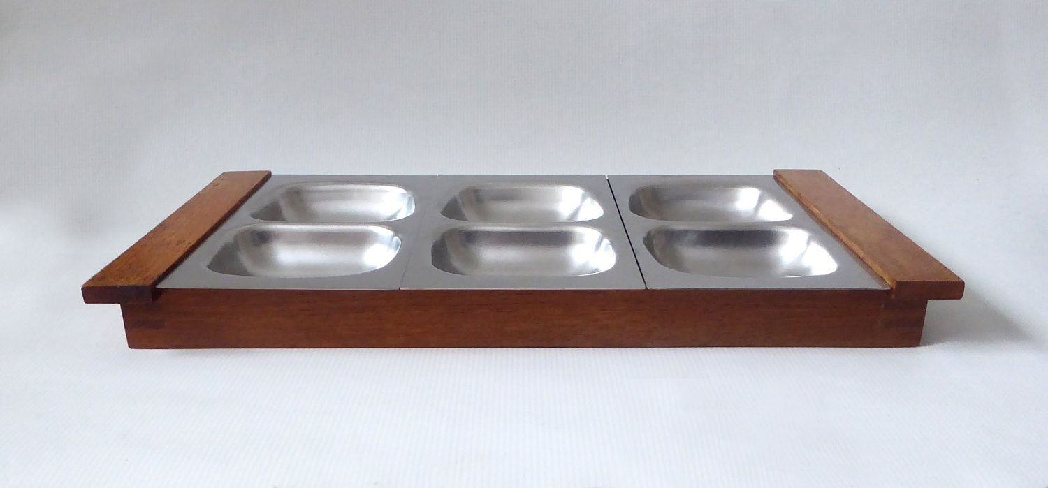Old Hall Robert Welch teak tray & stainless steel serving plates/platters. Hors d'oeuvres/nibbles/party food. 1960s/70s Mid century. 917028 by CocoCollectables on Etsy