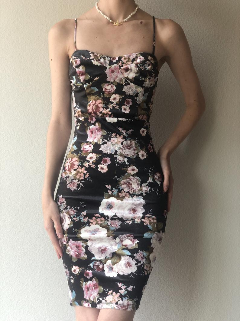 Vintage Charlotte Russ Floral Bodycon Dress Xs Bodycon Floral Dress Floral Bodycon Bodycon Dress [ 1059 x 794 Pixel ]