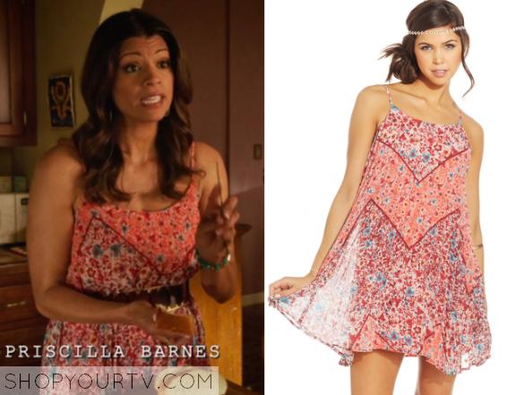 Jane The Virgin Season 1 Episode 22 Xiomara S Floral Dress Shop Your Tv Dresses Jane The Virgin Fashion Outfits