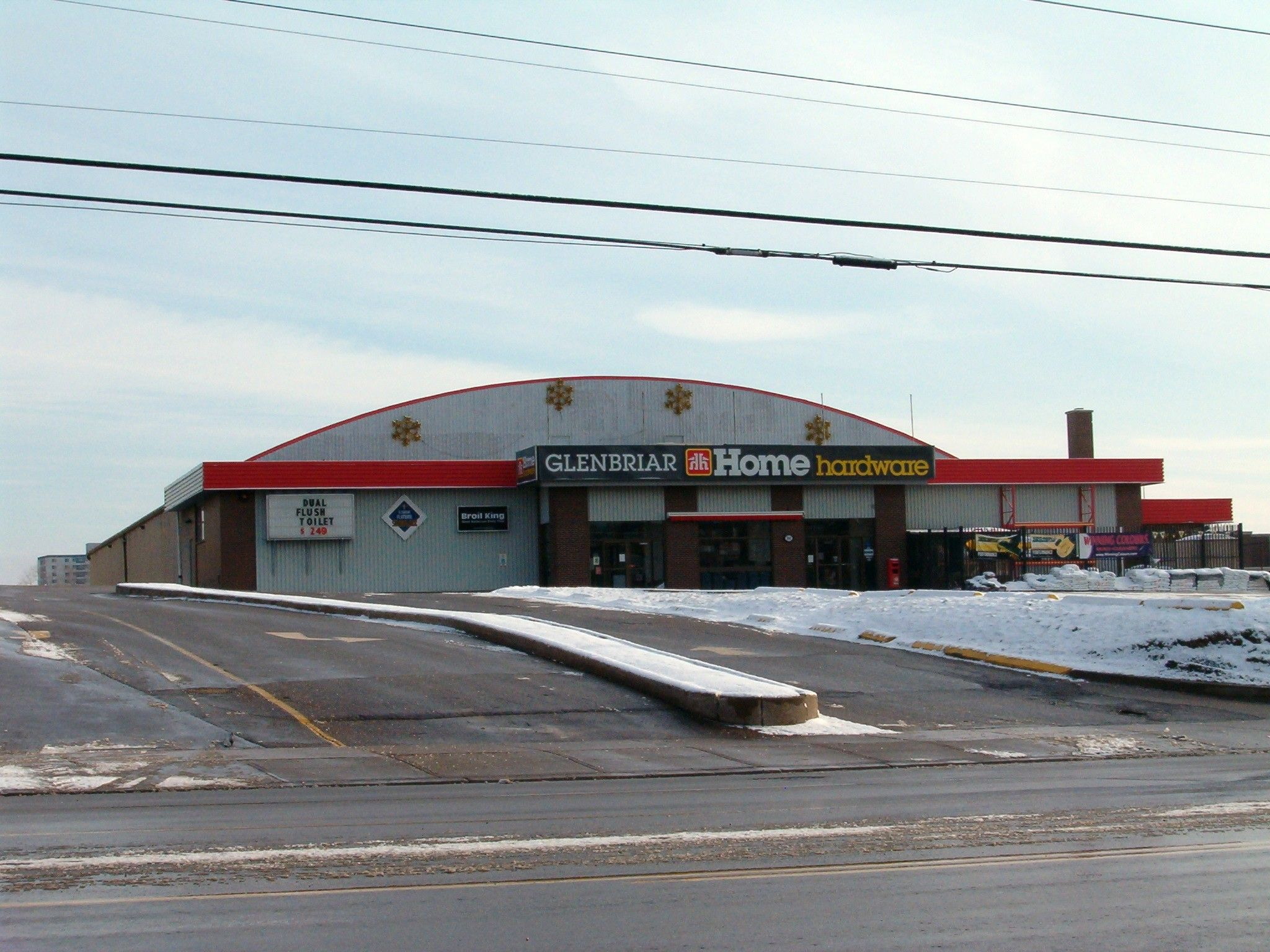 The Glenbriar was a roller rink in the 1960's, and occasionally a music venue.  Located on Weber Street in Waterloo, this building is now a hardware store.