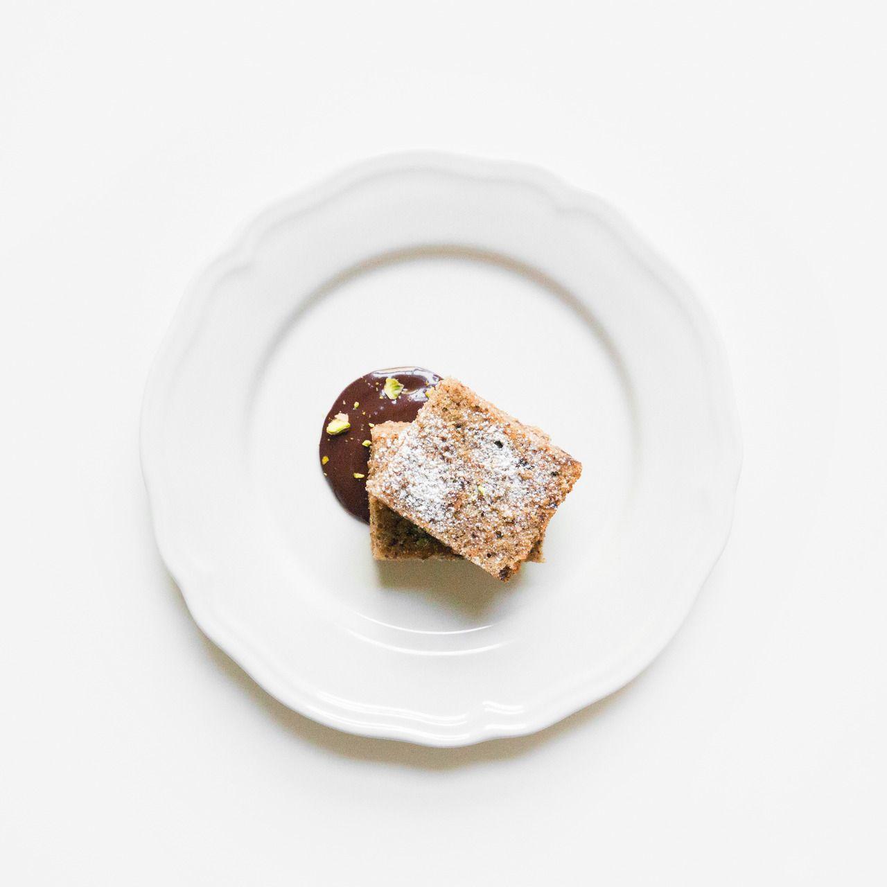 Pistachio & Chocolate Squares / WILLIAM MATTHEW VALLE