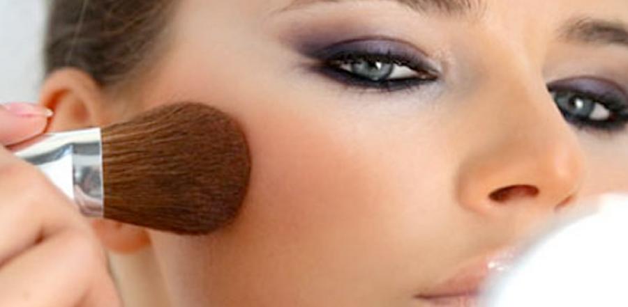 ¡Sin maquillaje! 5 cosas que dañan tu piel | KENA