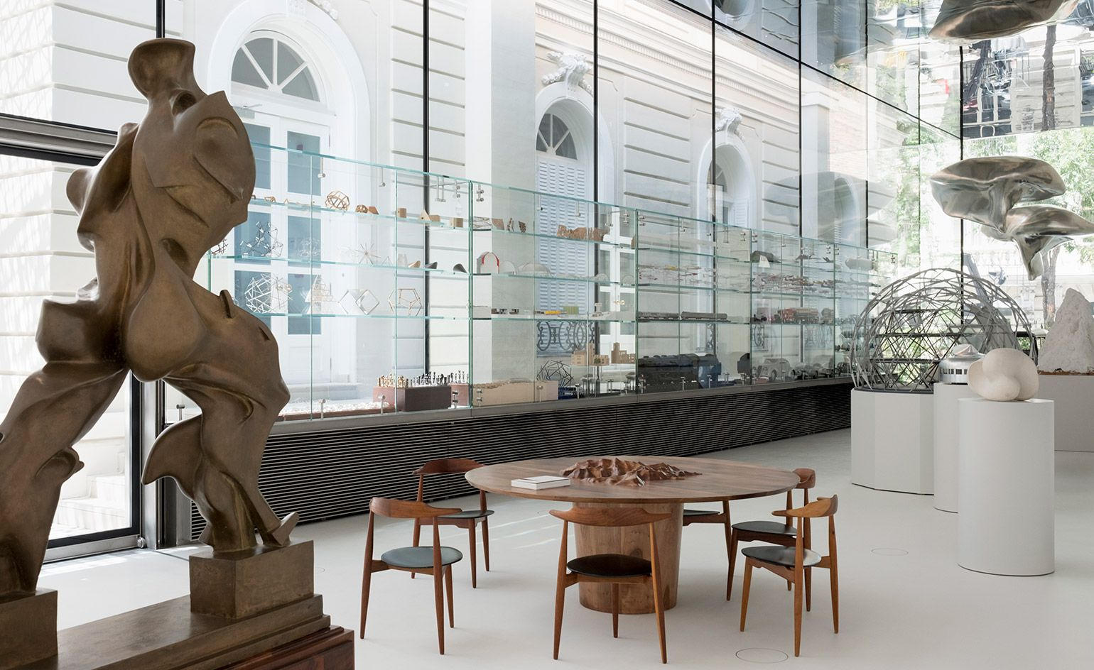 School Of Life The Norman Foster Foundation Hq Opens In Madrid  # Muebles Norman Foster