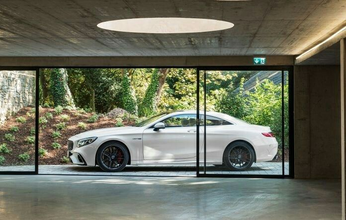 Pin By Callum Warner On Home Design In 2020 Garage Design House Styles Garage Windows