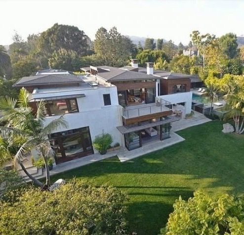 Matt Damon S Pacific Palisades Mansion Home House Celebrity