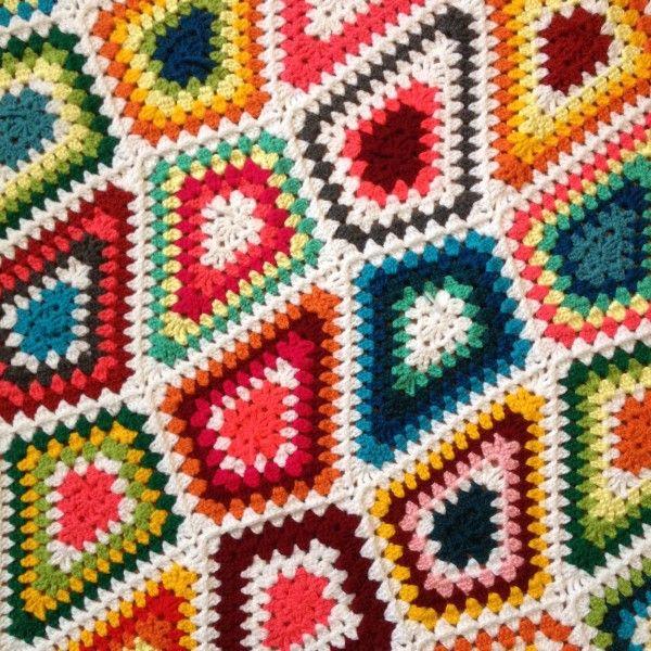 brightbag-crochet-diamond-granny-blanket | Crochet sobrecamas ...