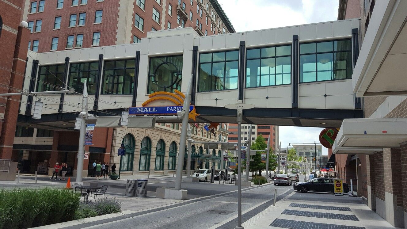 The Skywalk That Connects Hotels City Center Mall And Convention Points Close To Lucas Oil Stadium Bankers Life Field House