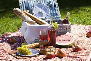 Romantisches Picknick Ideen : pin von anika von rosenhofer auf romantik picknick ~ Watch28wear.com Haus und Dekorationen