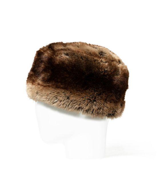 Imagen 1 de GORRO RUSO PELO de Zara | Hats | Gorras, Accesorios y Piel