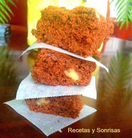 Me encanta el brownie! Todos los tipos de brownie!! jaja. Hoy os traigo uno algo diferente. Brownie con dulce de leche, para los más golosos!!!! Con nueces como marca los canones!http://recetasysonrisas.blogspot.com.es/2015/03/brownie-de-dulce-de-leche.html  #brownie #recetasdebrownie #chocolate #nueces