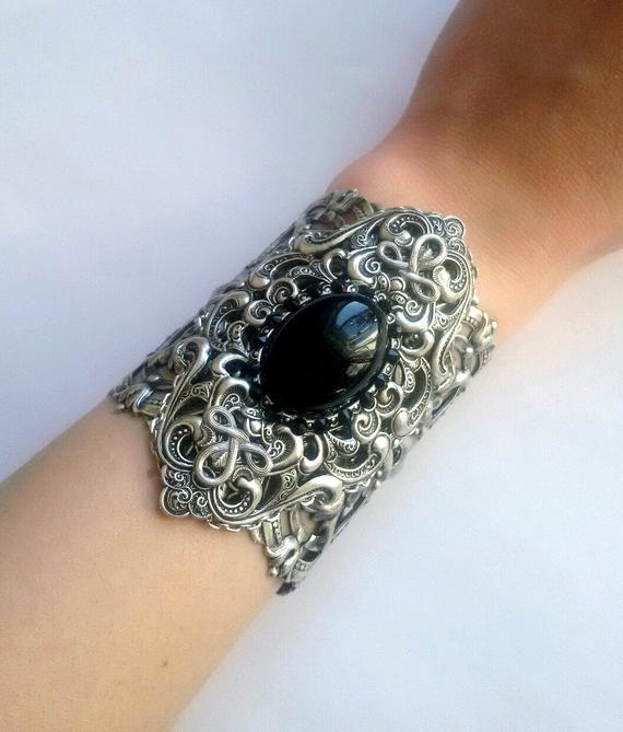 d11d295a39f64 Gothic bracelet, obsidian bracelet, silver bracelet, vintage ...
