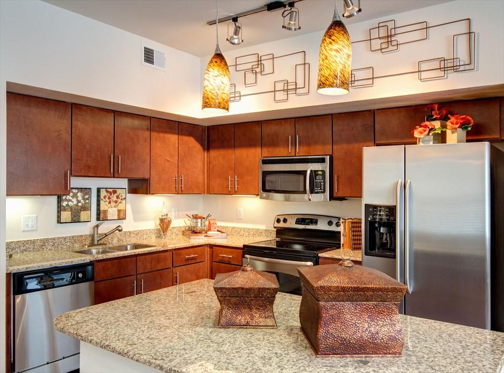 Model Kitchen At Amli City Vista A Luxury Apartment Community Near Downtown Houston Houston Apartment Apartment Interior Kitchen Models