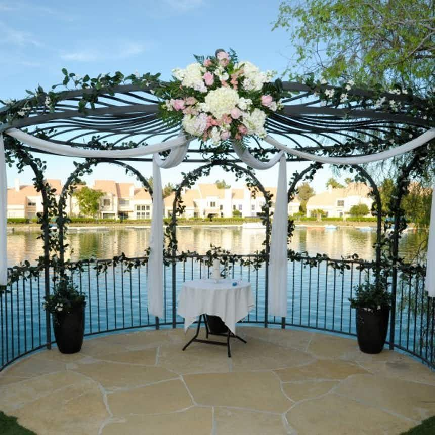 Lakeside Weddings And Events Las Vegas Weddings Summerlin Wedding