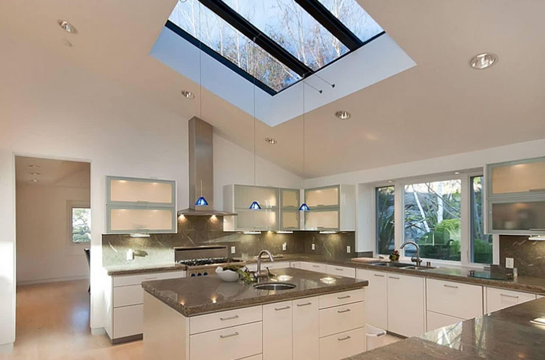 moderne Küchendesign mit benutzerdefinierten Oberlichter und ...