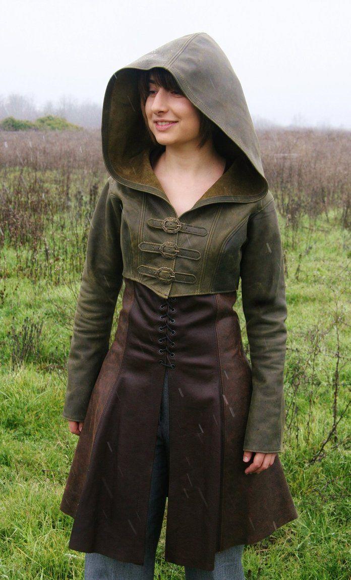 Has medieval cosplay women