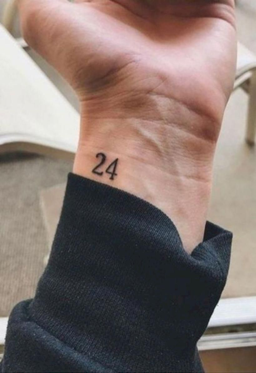 Small Tattoo Design Smalltattoowristdesign Hombres Tatuajes Tatuajes Para Hombres Tatuajes Pequenos Hombre