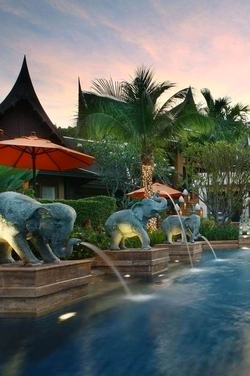 Elephant fountains besides the pool at Amari Vogue, Krabi