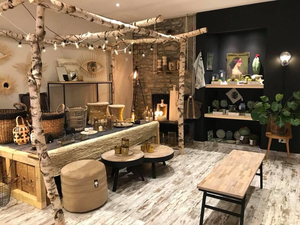 L Atelier De Celia Concept Store 29 Rue Alsace Lorraine 70000 Vesoul E Shop Www Latelierdecelia Fr Alsace Lorraine Lorraine Stores