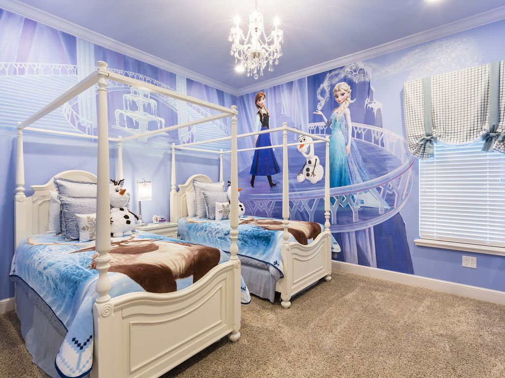 Luxury Frozen Harry Potter Villa In Reunion Kissimmee Frozen Bedroom Frozen Themed Bedroom Frozen Girls Room Luxury frozen room pictures