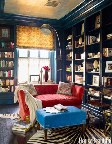 Red, white, and blue gets a bohemian twist in the library of a Washington, D.C., townhouse.