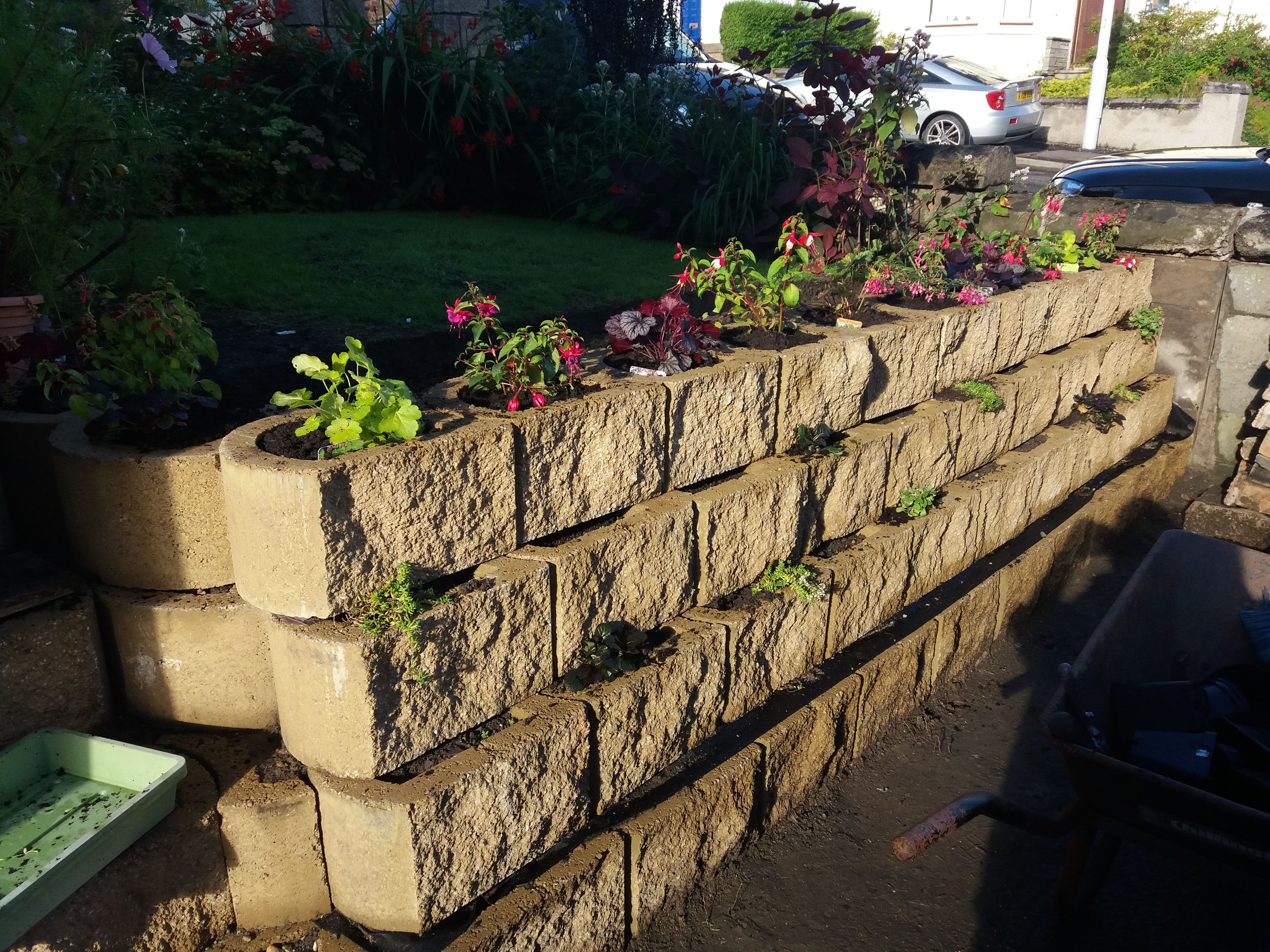 The Terraforce Garden Wall Block Is Suitable For Plants To Make It A Living Wall Garden Wall Garden Wall Block Garden Soil