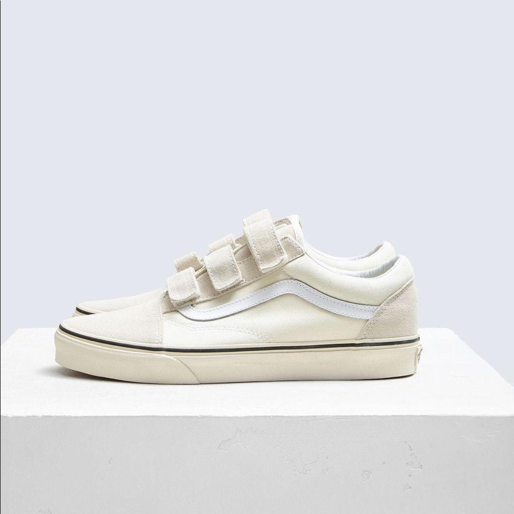 Vans, Vans old skool, Womens shoes sneakers