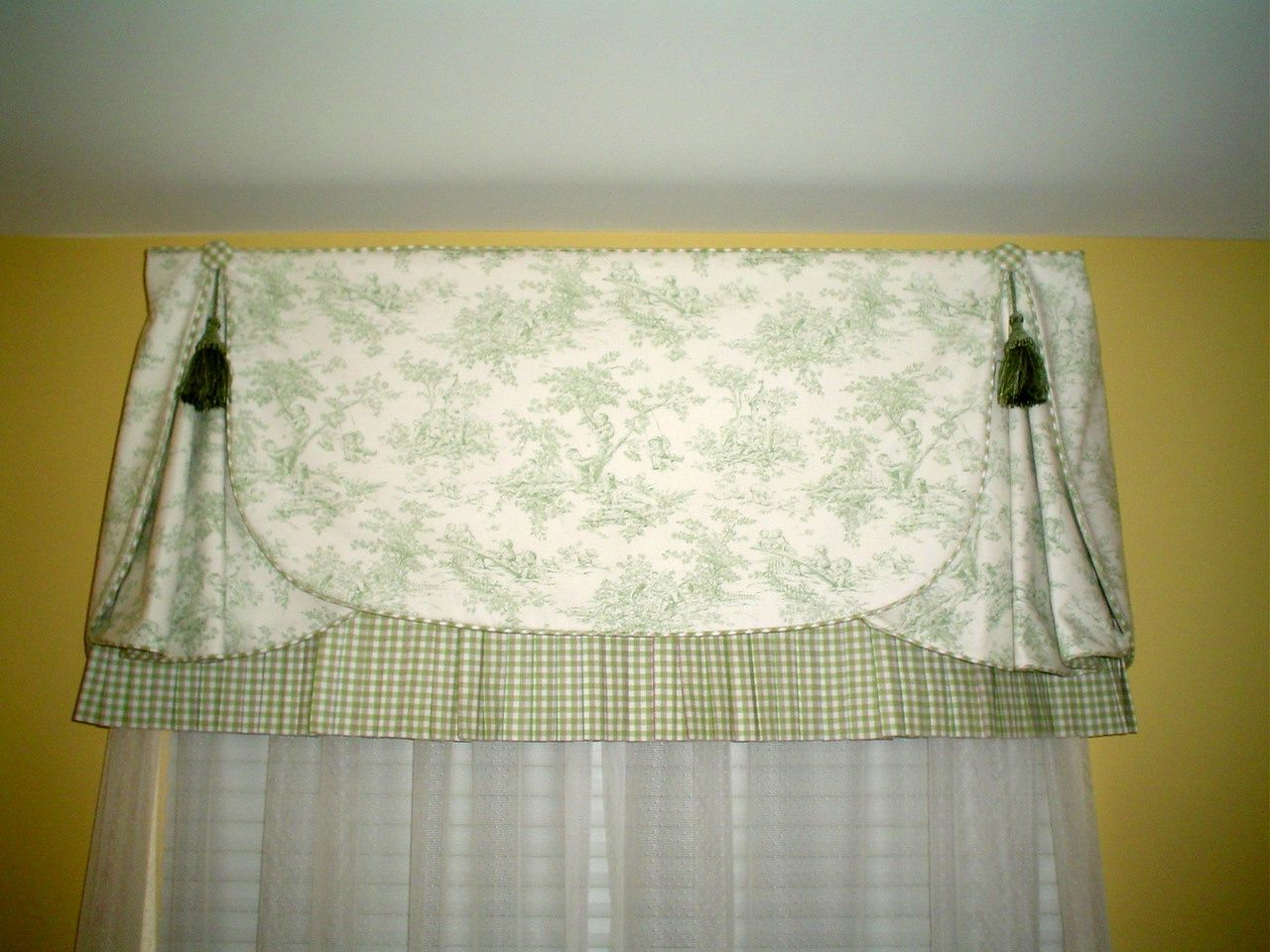 Find this Pin and more on valances