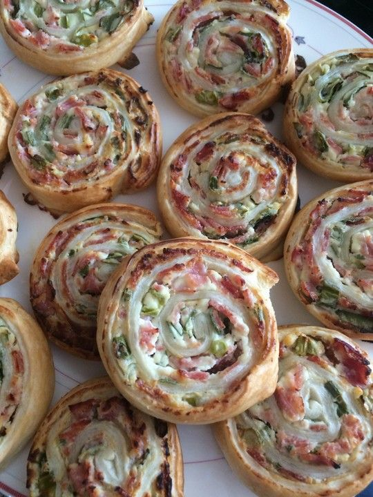 Flammkuchenrolle #fingerfoodrezepteschnelleinfach