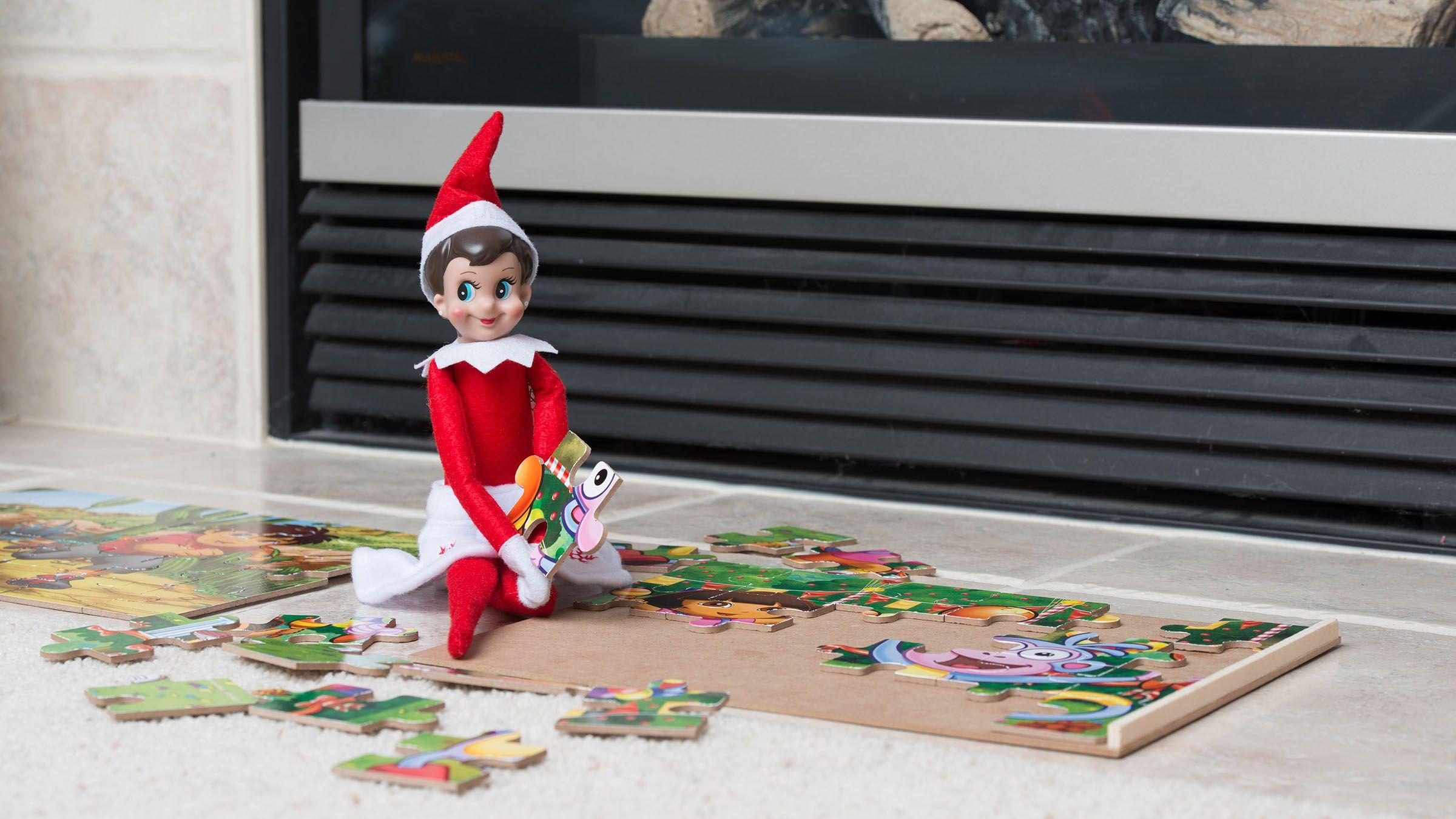 Las travesuras del Elfo en el Estante | Navidades del mundo ...