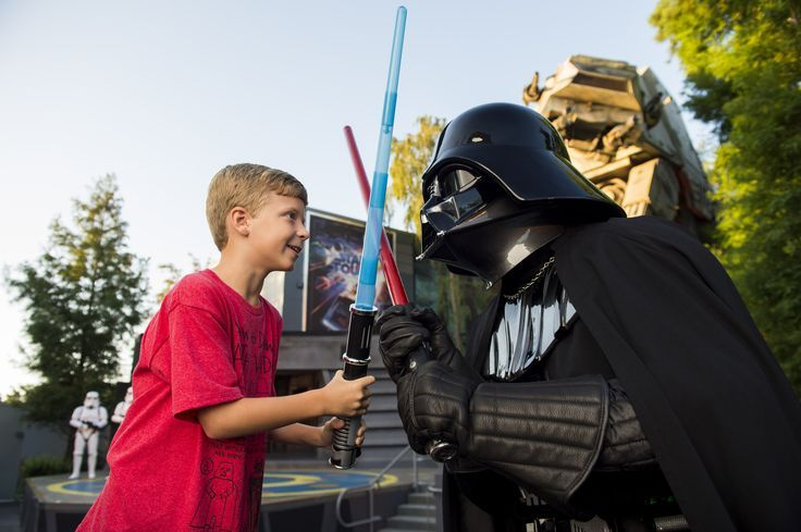 Darth Vader no Fim de Semana de Guerra nas Estrelas da Disney  #starwarsweedends