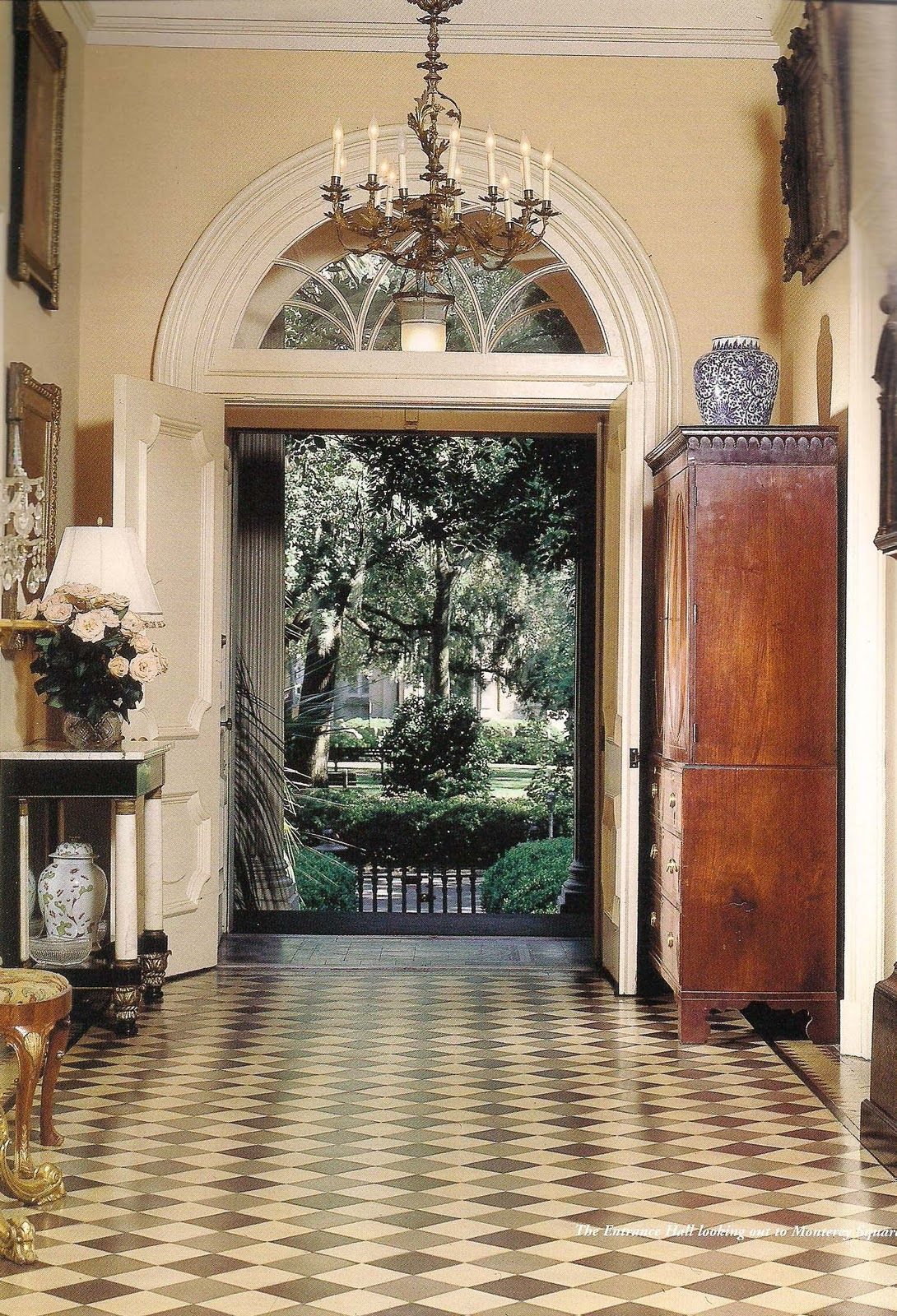 Mercer house central hallway savannah savannahgeorgia - Georgia furniture interiors savannah ga ...