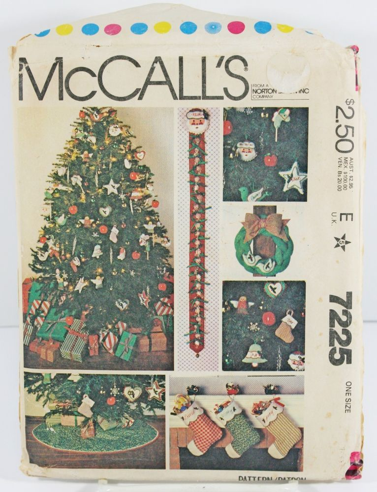 McCalls 7225 Sewing Pattern Christmas Tree Skirt Candy Advent