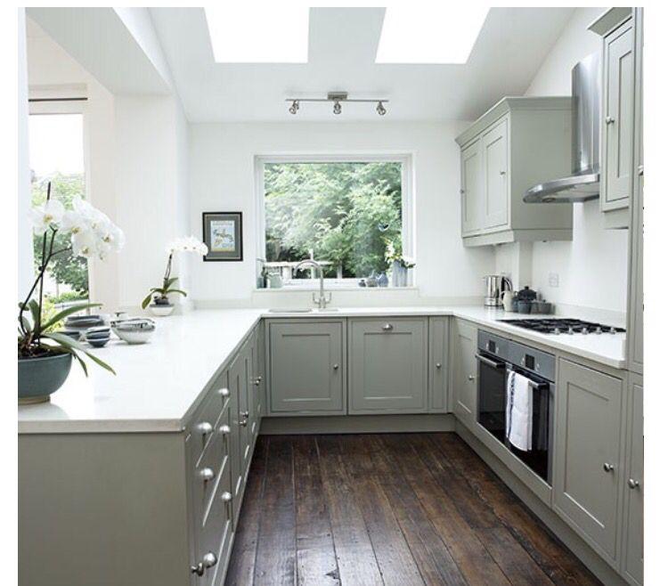 U shaped kitchen idea | Shabby chic kitchen ideas | Cocinas ...
