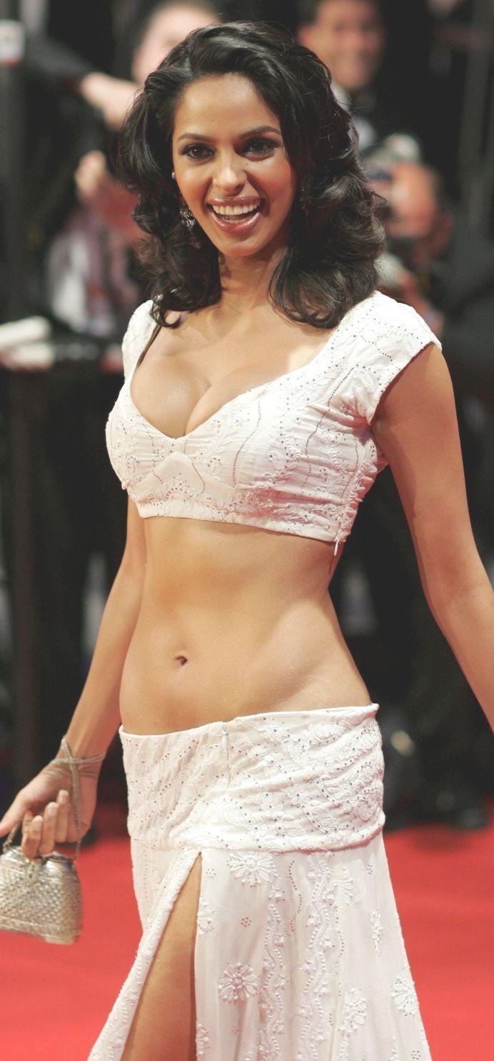 mallika sherawat navel pics, mallika sherawat hot navel show