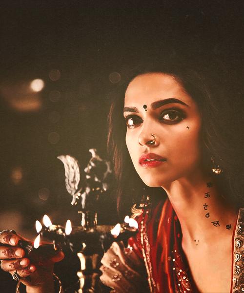 Ramleela Her Tattoos Though She Is So Beautifullllllllllllllllllllllllllllllllllllllllllllllllllllllll Deepika Padukone Deepika Padukone Style Dipika Padukone