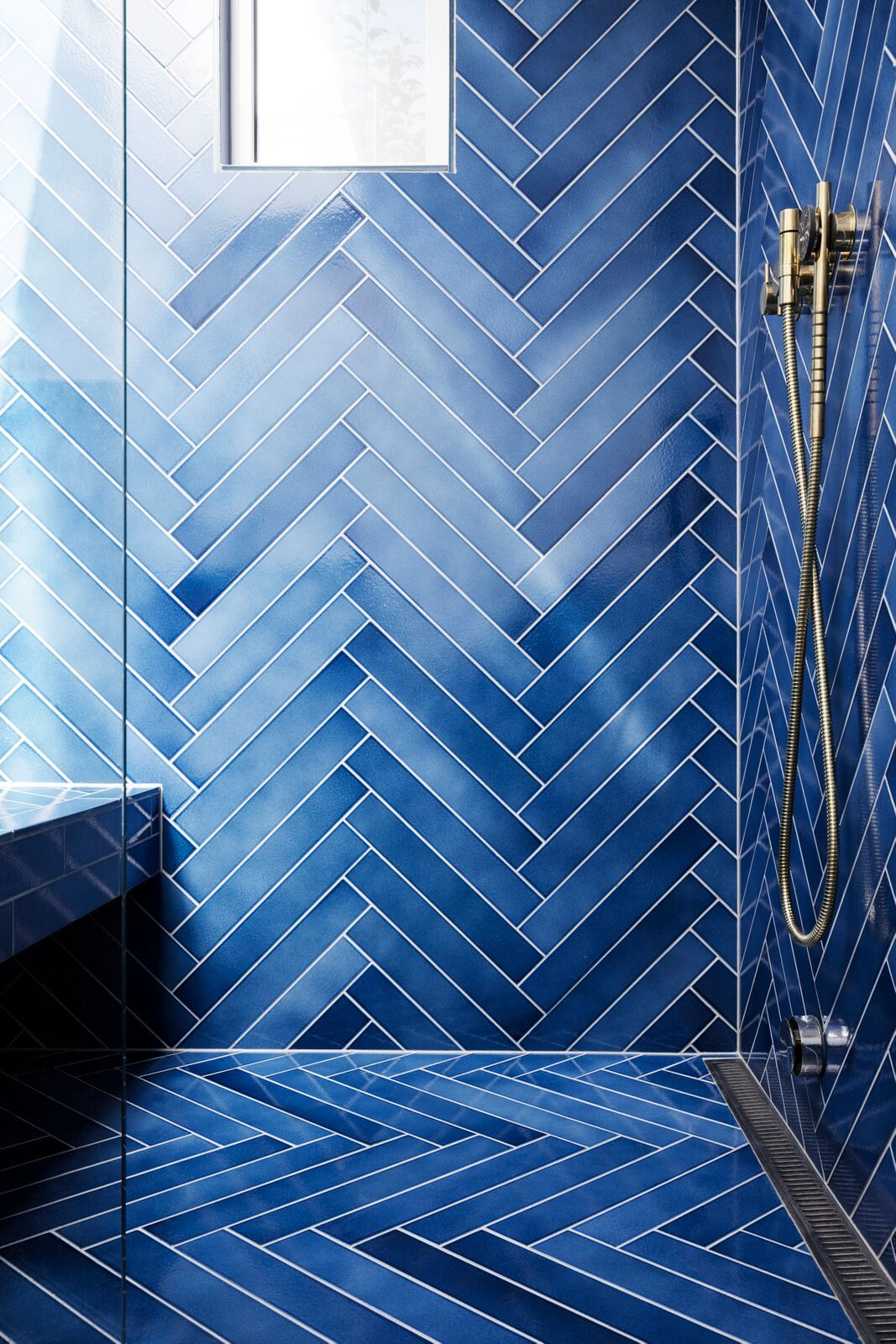Amazing Blue Shower Made With Made A Mano Cristalli Lava Stone Tiles Small Bathroom Decor Bathroom Tile Designs Bathroom Interior Design