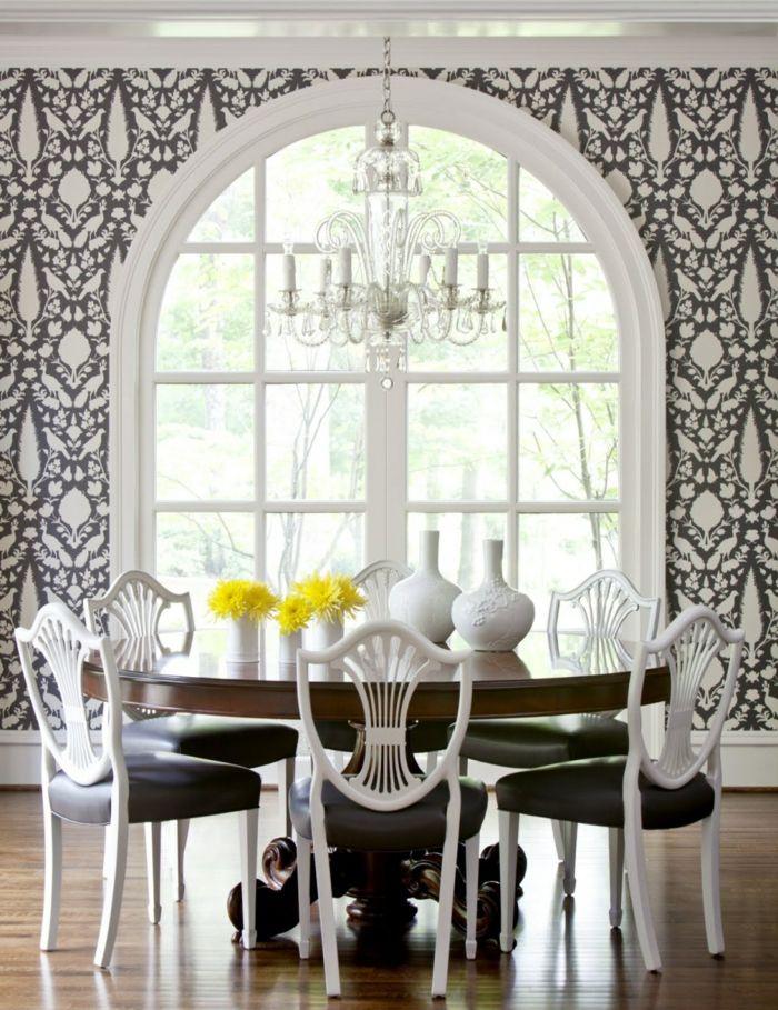 Wandgestaltung Esszimmer Tapete Runder Tisch Tischdeko