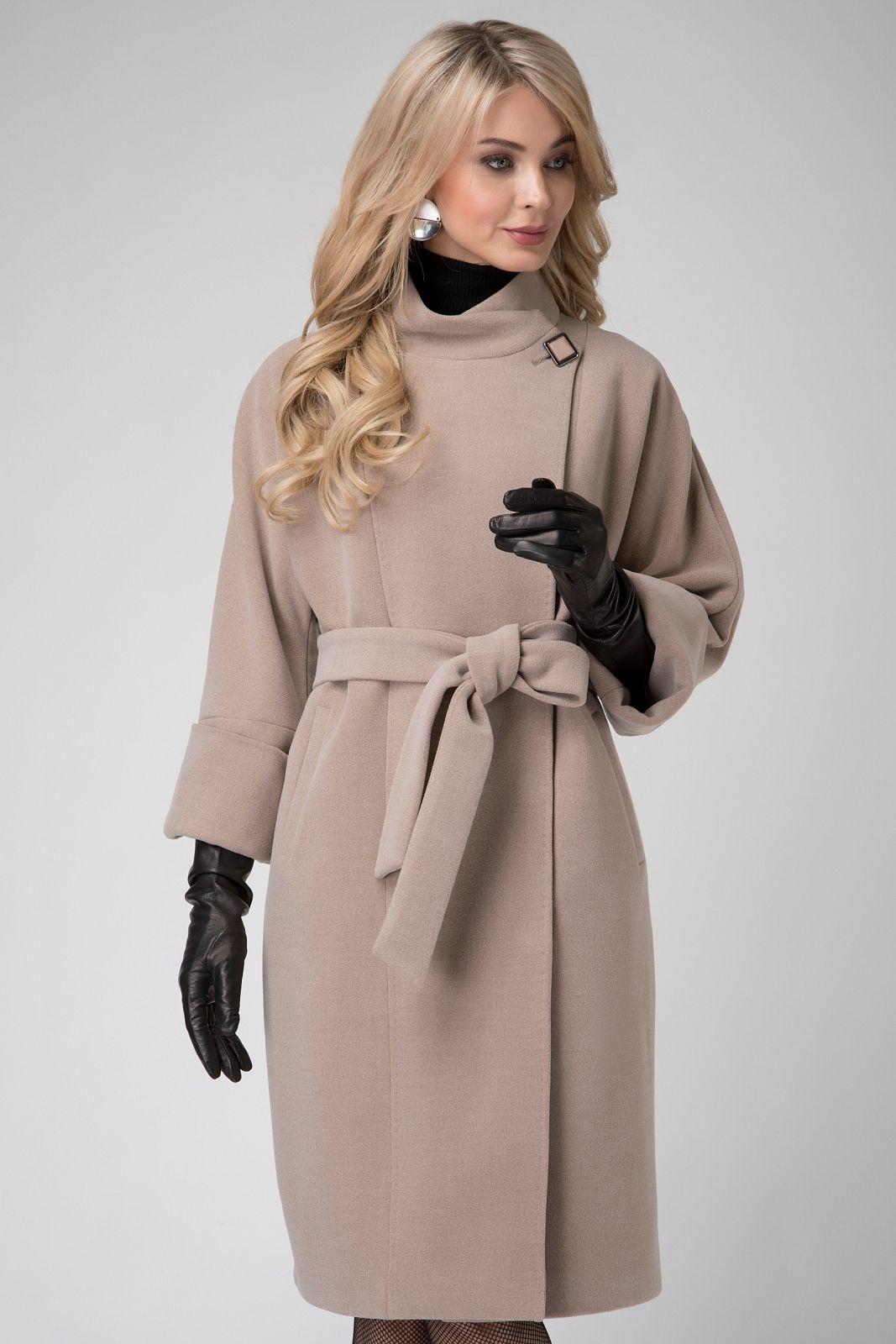 ddfa6e78a28 Коллекция Осень-зима 2017-2018. Каталог женской верхней одежды от  производителя