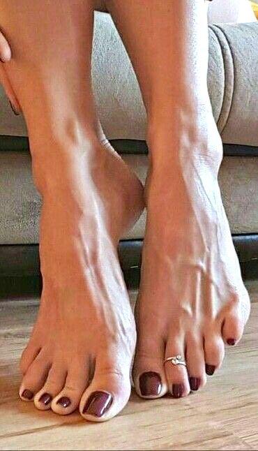 Pin on Feet/Sandals/Flip Flops