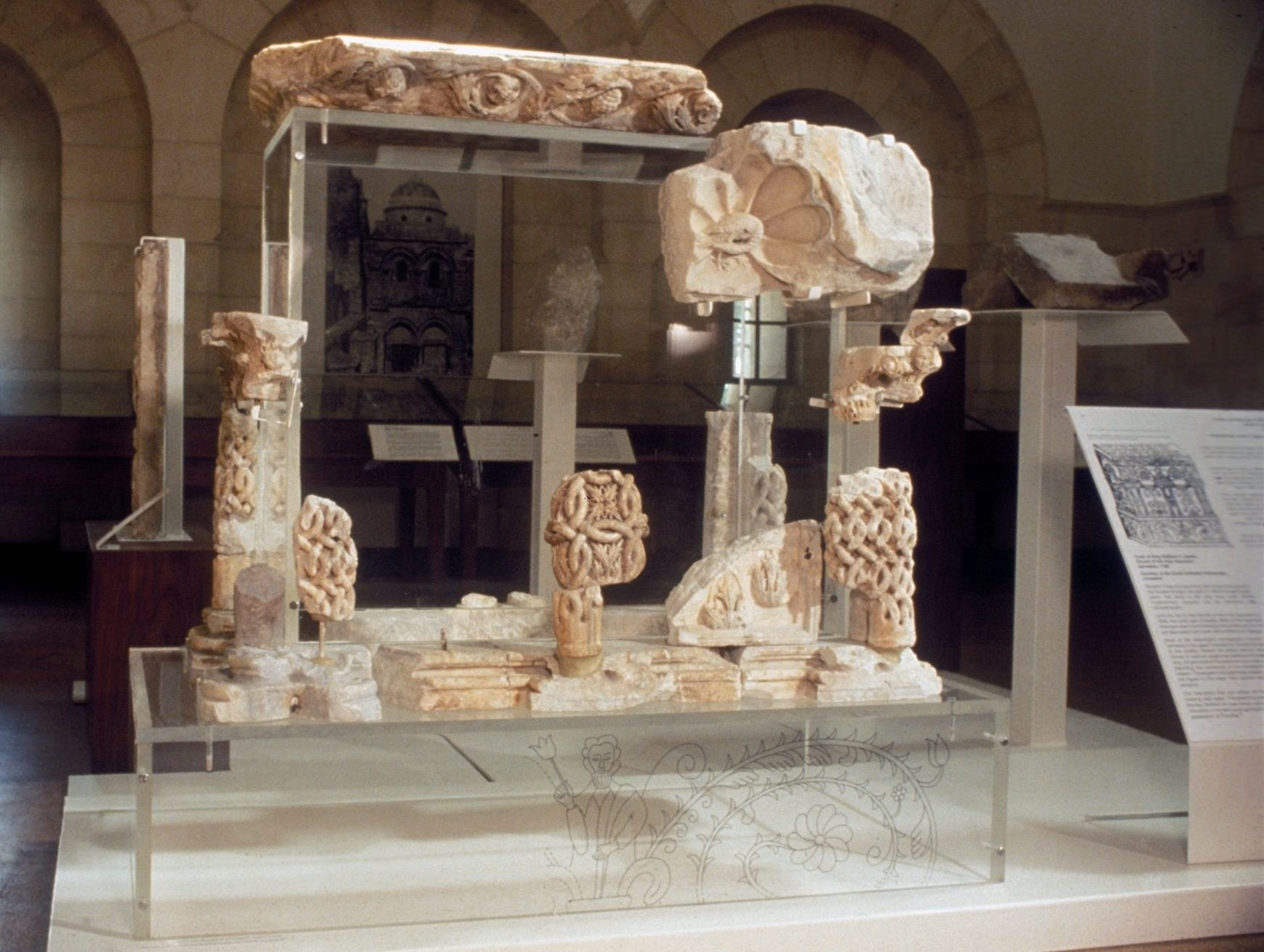 Tomb of Baldwin V with newly discovered fragments ...