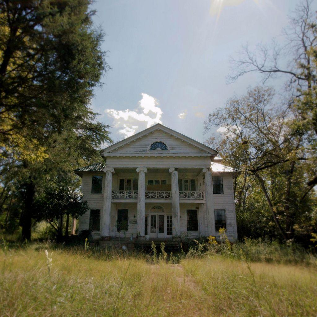 Untitled alabama abandoned and abandoned places for Abandoned plantation homes for sale