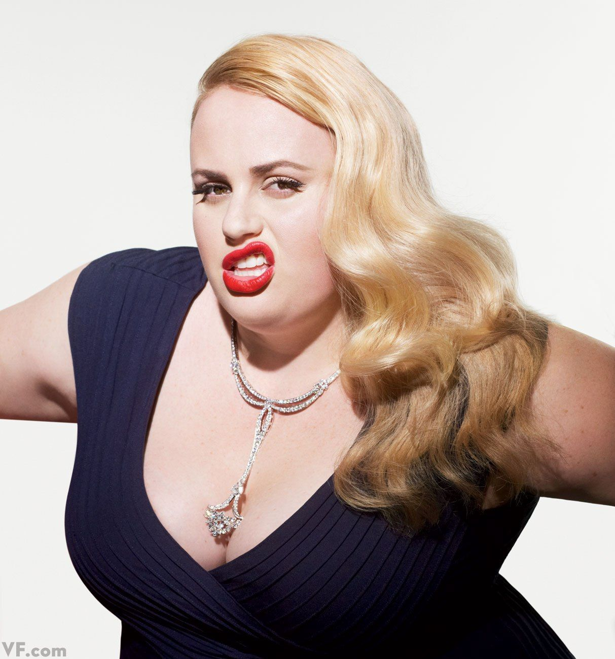 rebel wilson height and weight