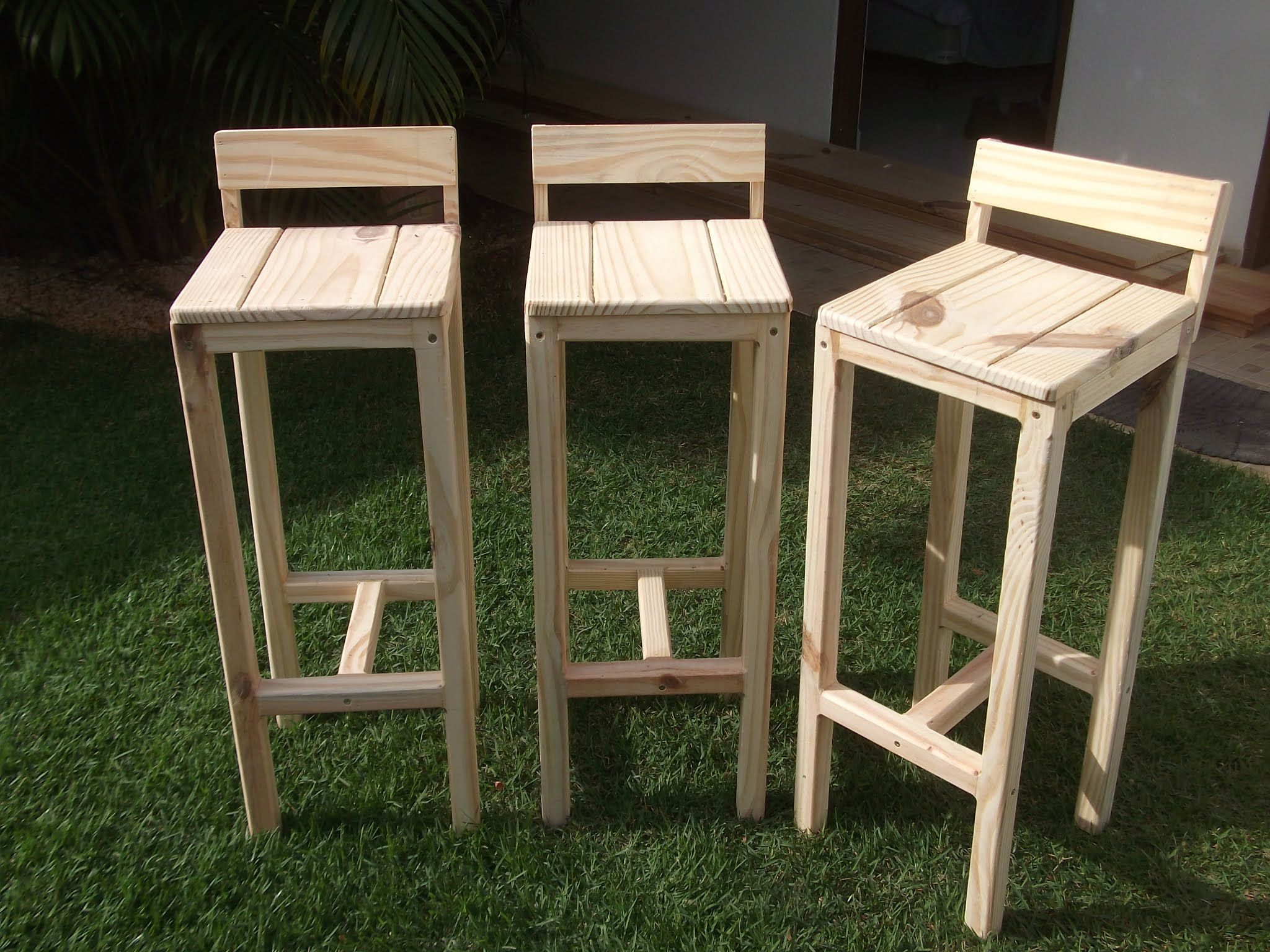 Sgabello Pallet ~ Wooden pallet stool plans pallet stool pallets and stools